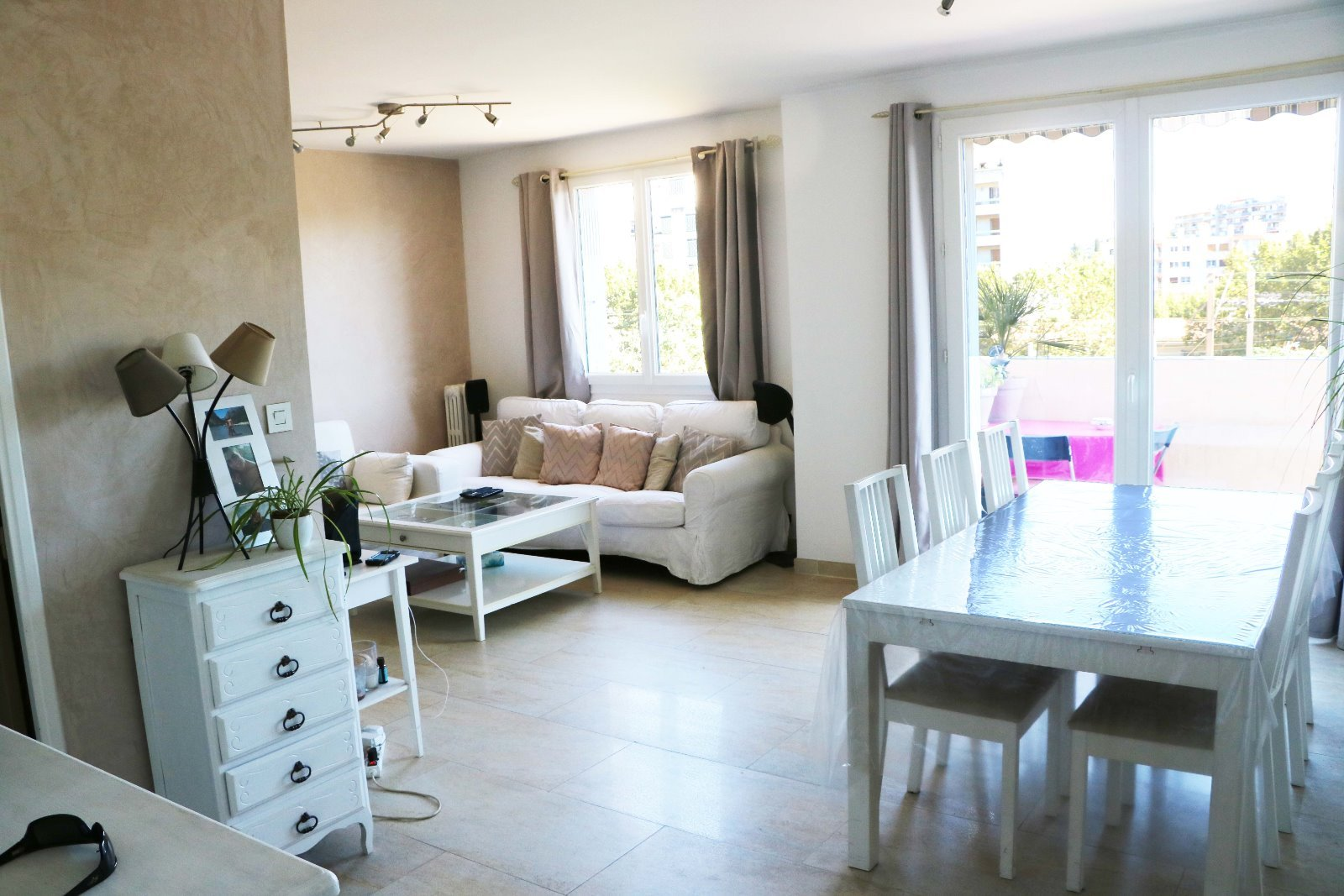 Agence immobili re toulon vente et location agence avenir for Achat studio